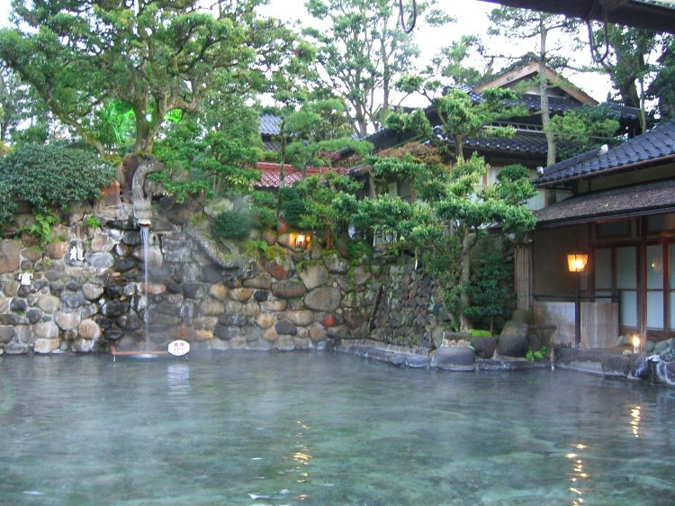 Tamatsukuri Onsen, Matsue, Japan - Chorakuren Onsen Open Hot Spring, largest open onsen of Japan