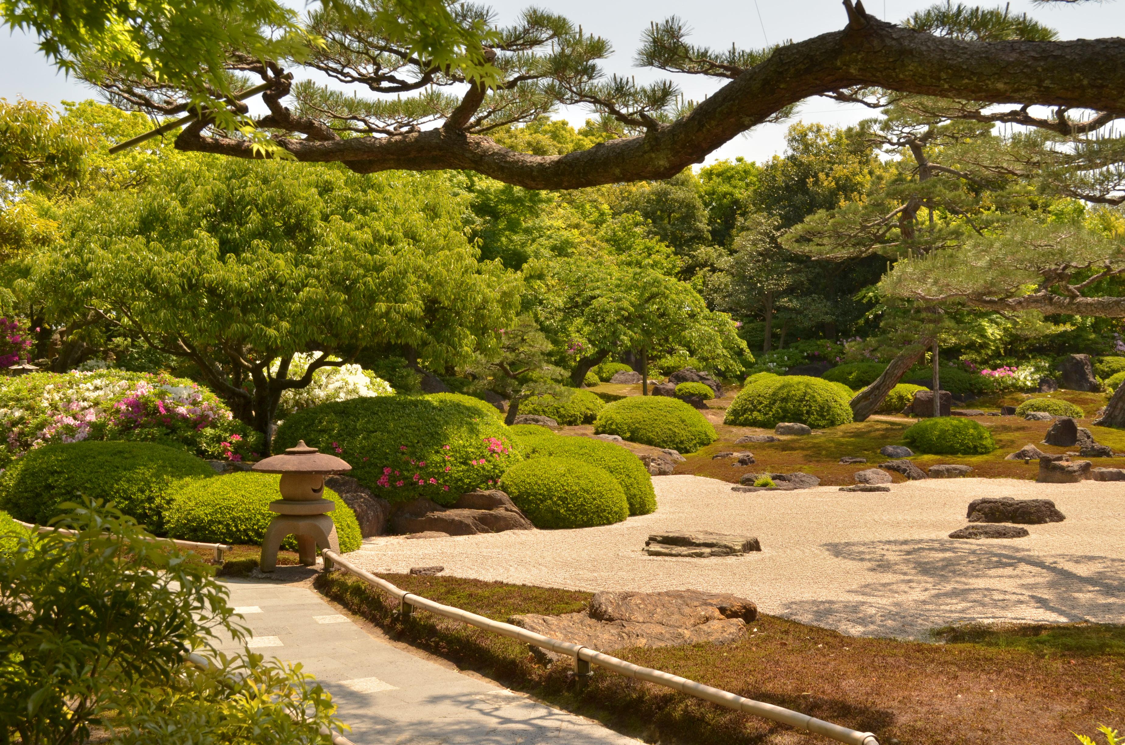Le jardin japonais yushien d couvrez matsue for A jardin