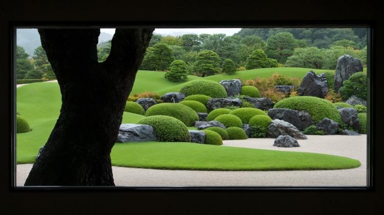 musée art Adachi Yasugi jardin traditionnel tableau vivant shakkei paysage emprunté perspective teien Matsue Shimane Japon tourisme voyage vacances rural cadre