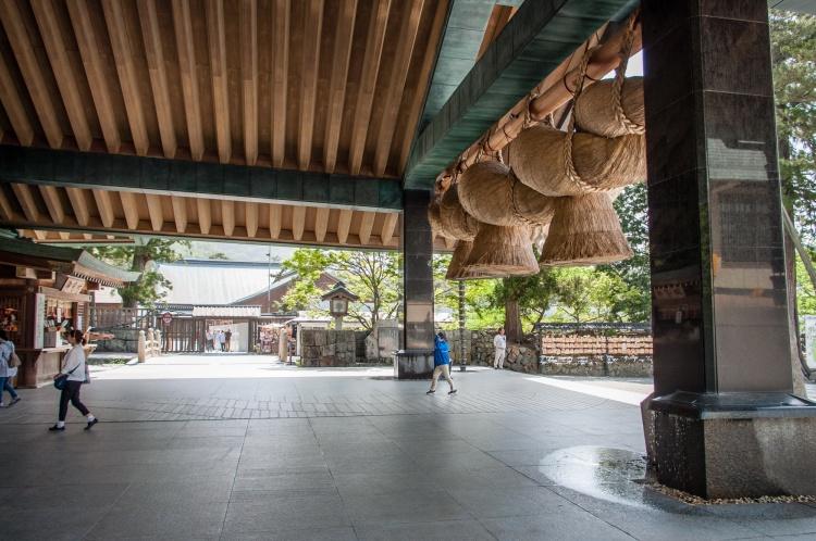 Matsue Shimane Japon tourisme voyage vacances rural sentiers battus hors izumo taisha izumotaisha izumo-taisha sanctuaire grand shinto shintô enmusubi okuninushi sacré dieux province mythologie kaguraden shimenawa