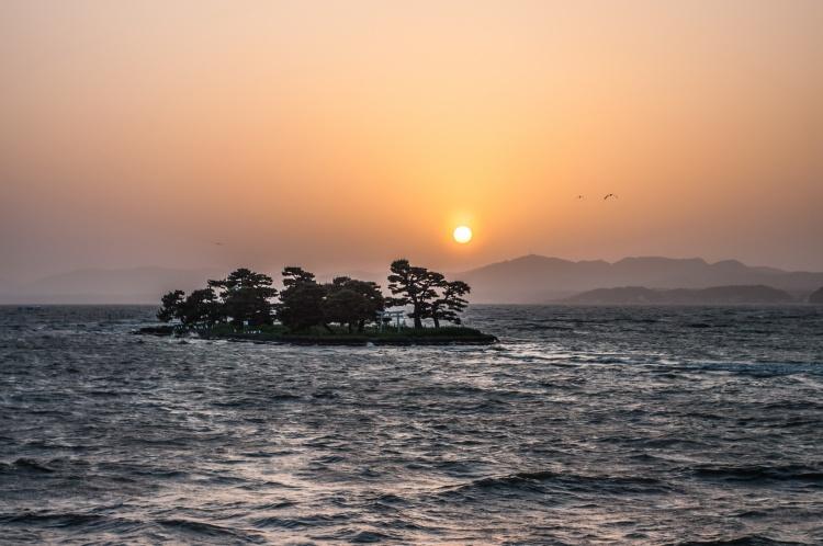 Matsue shimane japon tourisme voyage trip rural authentique coucher soleil lac shinji shinjiko ile yomegashima
